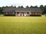 Country Home for Sale in Hinesville, Georgia